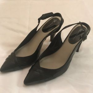 "Anne Klein Womens Black 3"" High Heel Shoes Size 8"